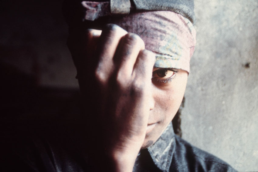 Forced labour often means unpaid wages, excessively long work hours without rest days, confiscation of ID documents, little freedom of movement, deception, intimidation and physical or sexual violence. Photo: ILO/A. Khemka