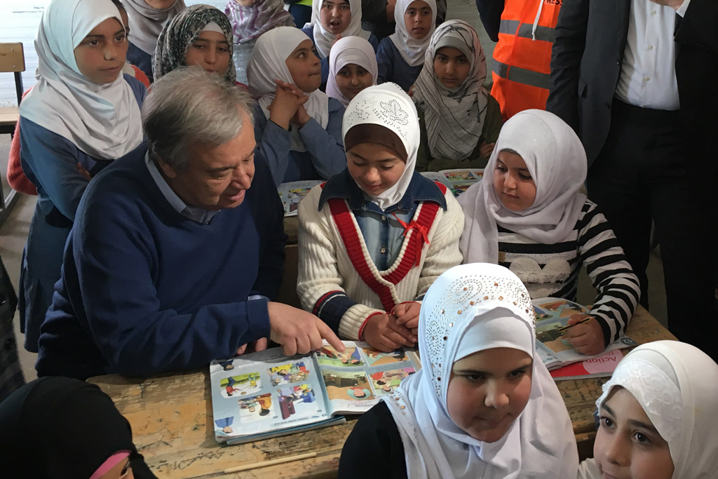 UN Secretary-General António Guterres with students at the Zaatari refugee camp in Jordan. Photo: Stéphane Dujarric