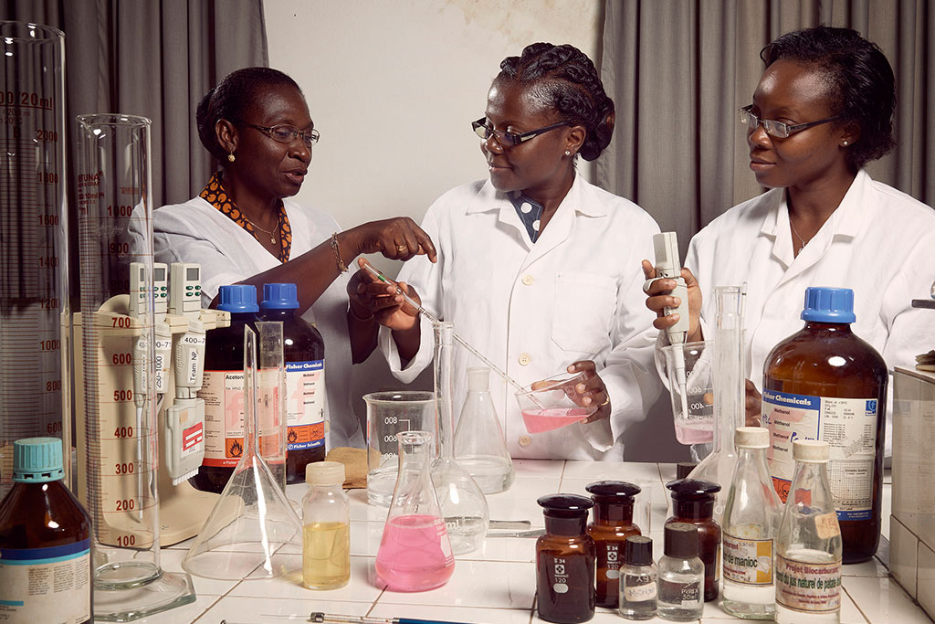 Professor Amivi Kafui Tete-Benissan (left) teaches cell biology and biochemistry at the University of Lomé, in the capital of Togo. Photo: World Bank/Stephan Gladieu