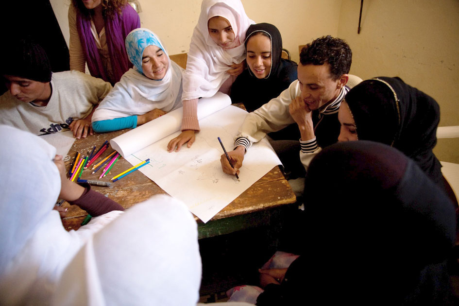 Young people contributing to a workshop on climate change in Iguiwaz, Morocco. Photo: UNDP/CBA Baptiste de Ville d'Avray